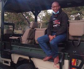 Nairobi National park car hire open jeep