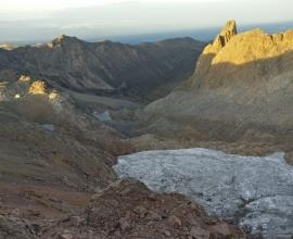 Sirimon – Chogoria Route treeking Mt Kenya Climb